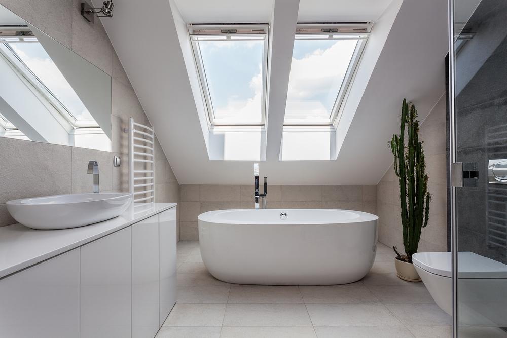 Łazienka na poddaszu - ściany gipsowo-kartonowe